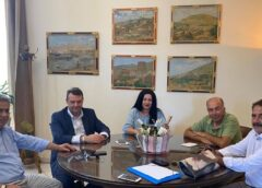 Επίσκεψη του Διοικητή της 2ης Υγειονομικής Περιφέρειας Πειραιώς & Αιγαίου, κ. Χρήστου Ροϊλού στο Γενικό Νοσοκομείο Χίου – Ενισχύονται τα κέντρα υγείας με εξοπλισμό γιατρούς & νοσηλευτές