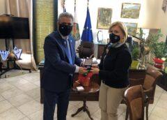 Επίσκεψη Αναπληρώτριας Υπουργού Υγείας στο Δήμαρχο Χίου